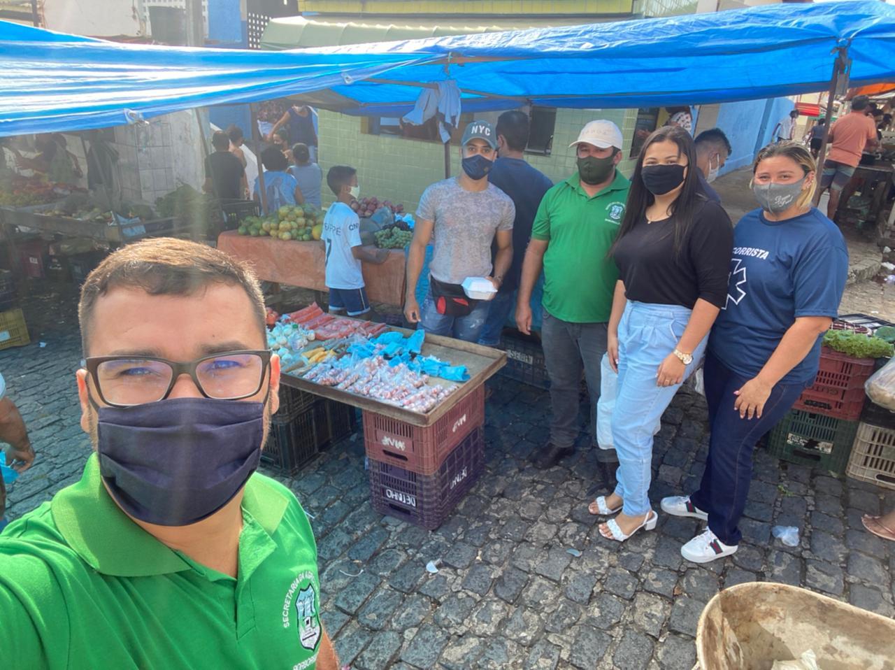 Prefeitura de Borborema realiza distribuição de lanches para feirantes do município