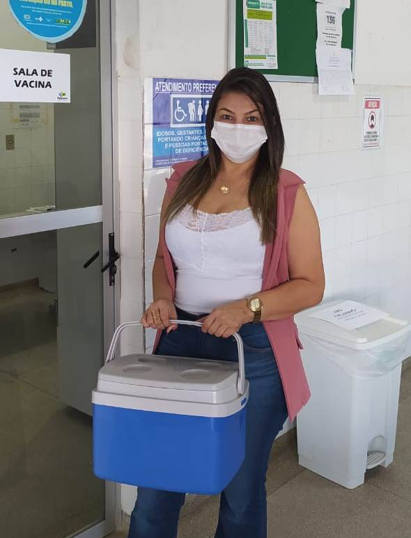Borborema recebe lote de vacinas contra Covid-19 para profissionais da educação, gestantes e puérperas